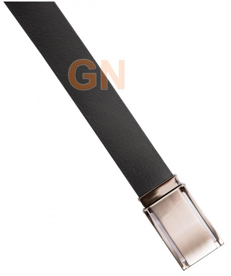 Cinturón de piel con cierre de broche