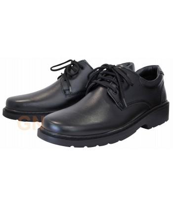 Zapato con cordones en piel...