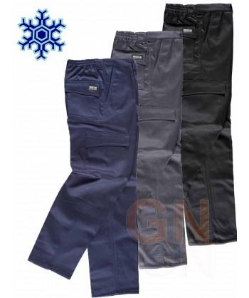 Pantalón multibolsillos con forro polar