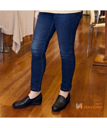 Zapato mocasín de señora para uniformidad y hostelería