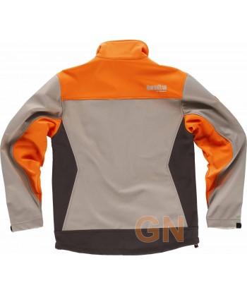 Cazadora softshell tricolor especial caza color beige/marrón/naranja A.V.