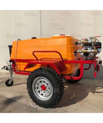 Remolque 4 x 4 reforzado contra incendios con bomba autoaspirante centrífuga de 6 Bar y 420 lit/mi con motor OHV