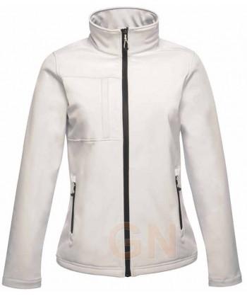 Softshell de mujer con membrana color blanco