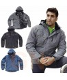 Parka deportiva impermeable y acolchada