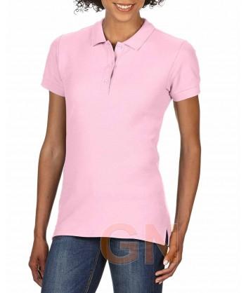 Polo entallado de mujer manga corta Gildan de algodón color rosa