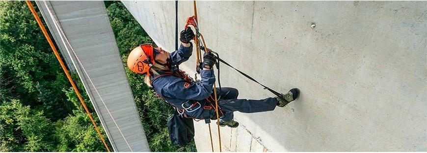 Dispositivos de ascenso y descenso sobre cuerdas